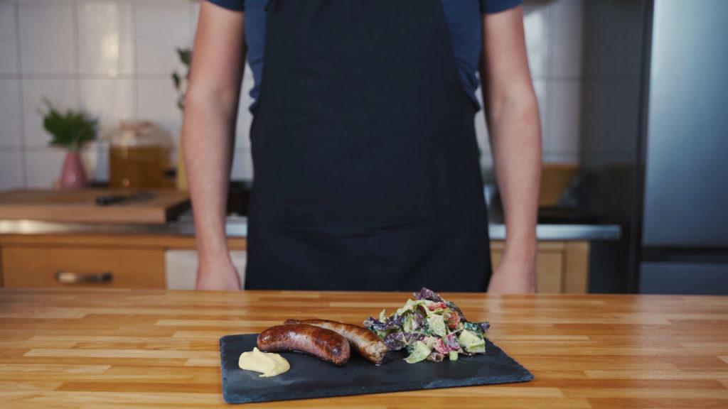 Bratwurst selber machen - Fertige Bratwurst