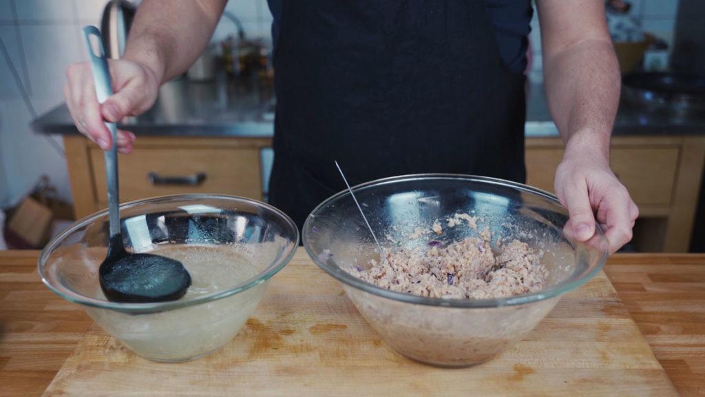 Zwiebelwurst - Schwartenbrühe