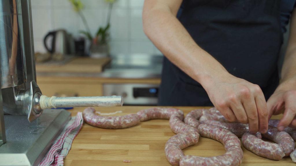 Salsiccia selber machen - Nadel