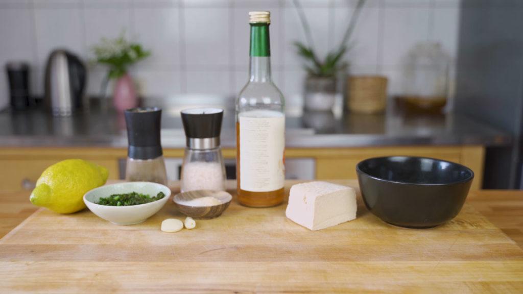 Tofu-kräuter-Aufstrich- alle Zutaten