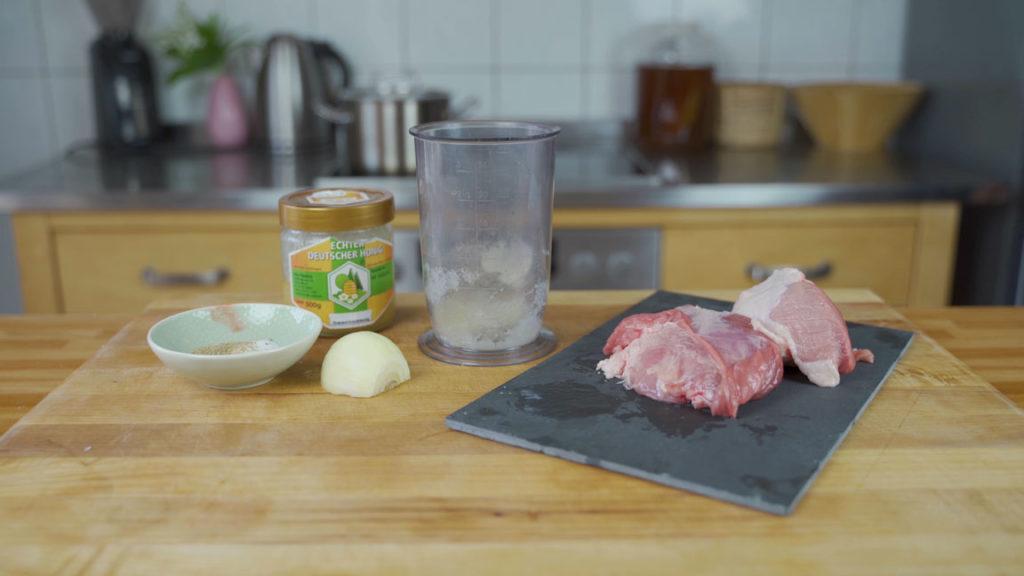 Frühstücksfleisch-alle Zutaten