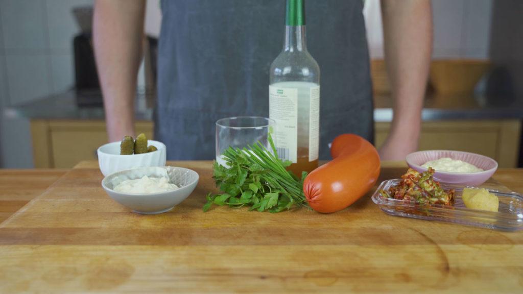 Fleischsalat-alle-Zutaten